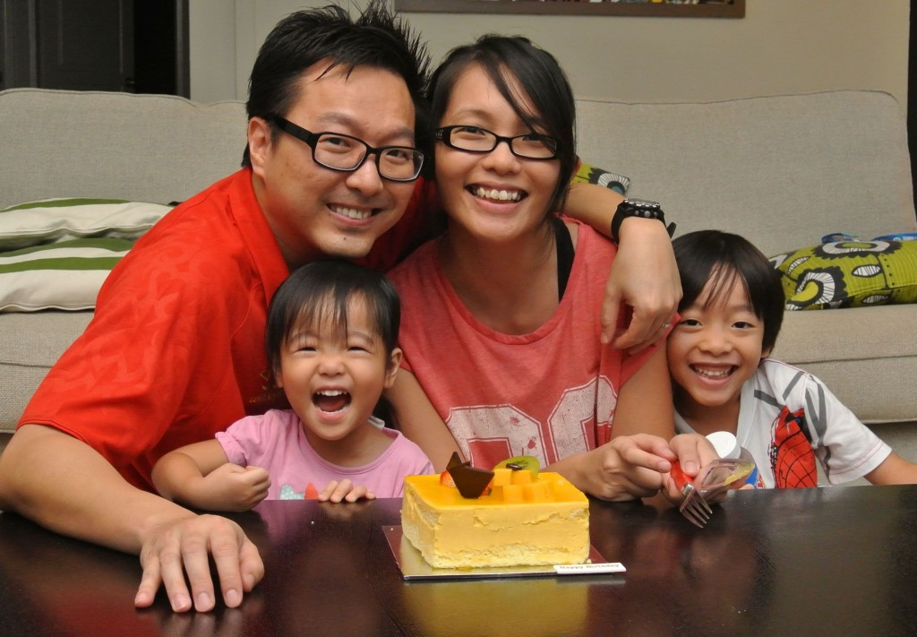 mum blogger in singapore