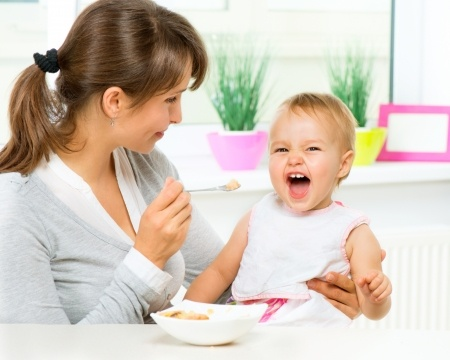 introducing foods to baby