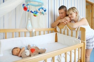 co-sleeping vs sleeping indepedently