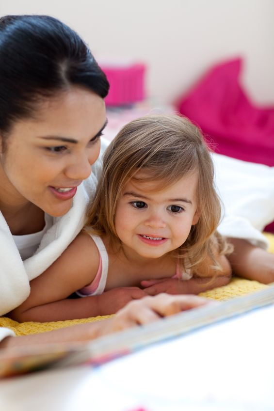 activities to keep toddler occupied