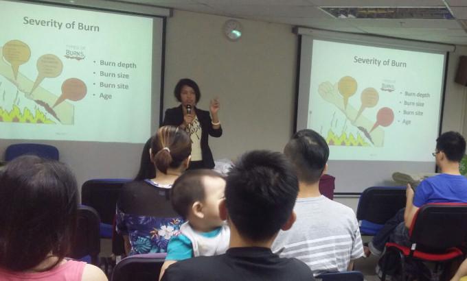 Ms Wong Boh Boi speaking at Combi Mama Parenting Class